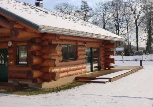 Blockhaus, Naturstamm, Kanadablockhaus, Blockhaus bauen
