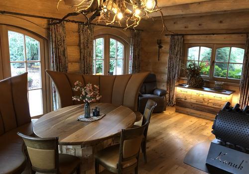 Naturstammhaus - Einrichtungsbeispiel Wohnen