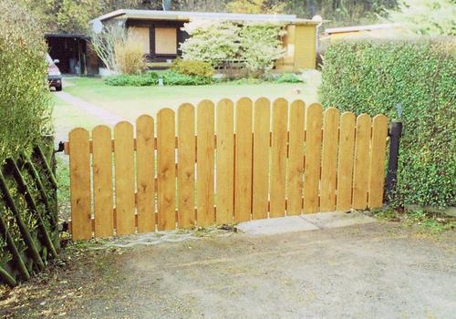 Gartentor aus Holz, individuelles Tor, Massivholztor