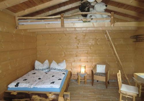 Die Blockhausbauer - Ein Wochenende oder die Ferien in einem Halbstammblockhaus verbringen?