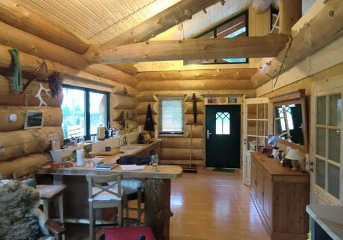 Blockhaus, Naturstamm, Kanadablockhaus, Blockhaus bauen, Blockhaus von innen